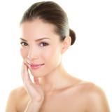 Viete ako sa starať o mastnú pokožku?