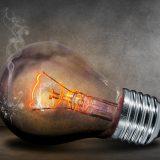 Úraz elektrickým prúdom – prvá pomoc a prevencia