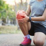 Bolesť vkolene neberte na ľahkú váhu